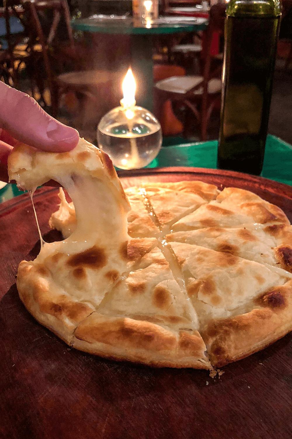 Focaccia Della casa al formaggio